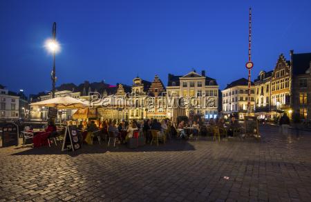 storico turismo citta vecchia sera piazza