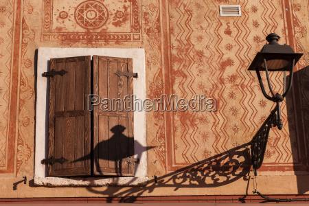 italy bardolino shadow at house wall