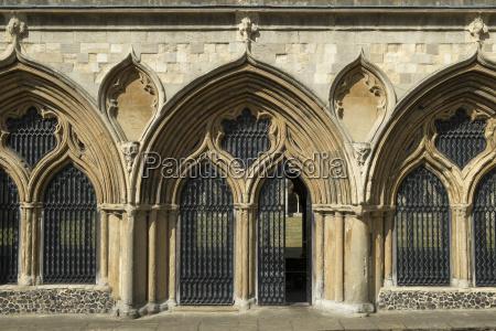fahrt reisen religion kirche dom kathedrale