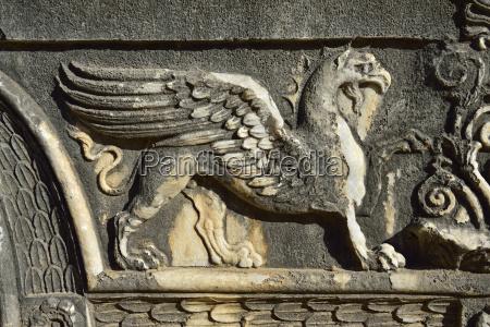 turkey marble decoration on apollon temple