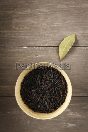 wild rice and laurel leaf