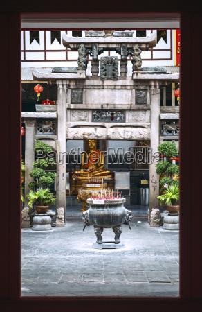 thailand bangkok golden buddha statue at