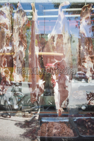 iran shiraz halal meat behind shop