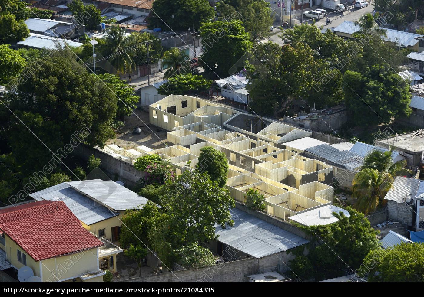 haiti, , port-au-prince, , reconstruction, of, a, school - 21084335