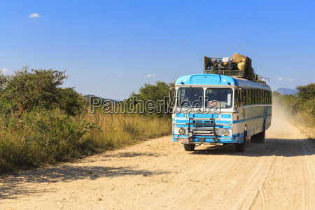 zimbabwe driving coach on a dirt