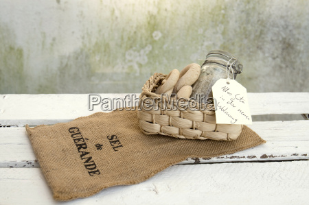 welcome gift sea salt and bread