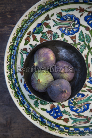 bowl with four figs ficus carica