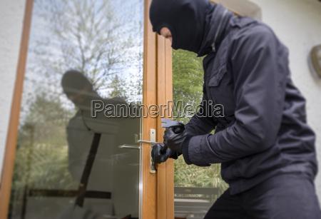 germany north rhine westphalia burglary opening