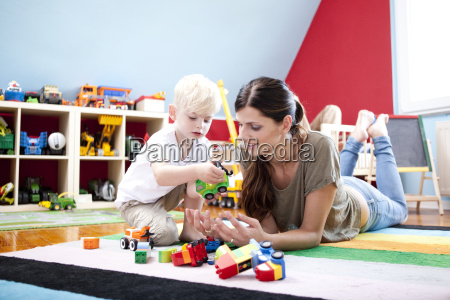 construir ocio hijo mama etiquetas durante