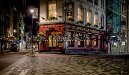 uk london pub at glasshouse street
