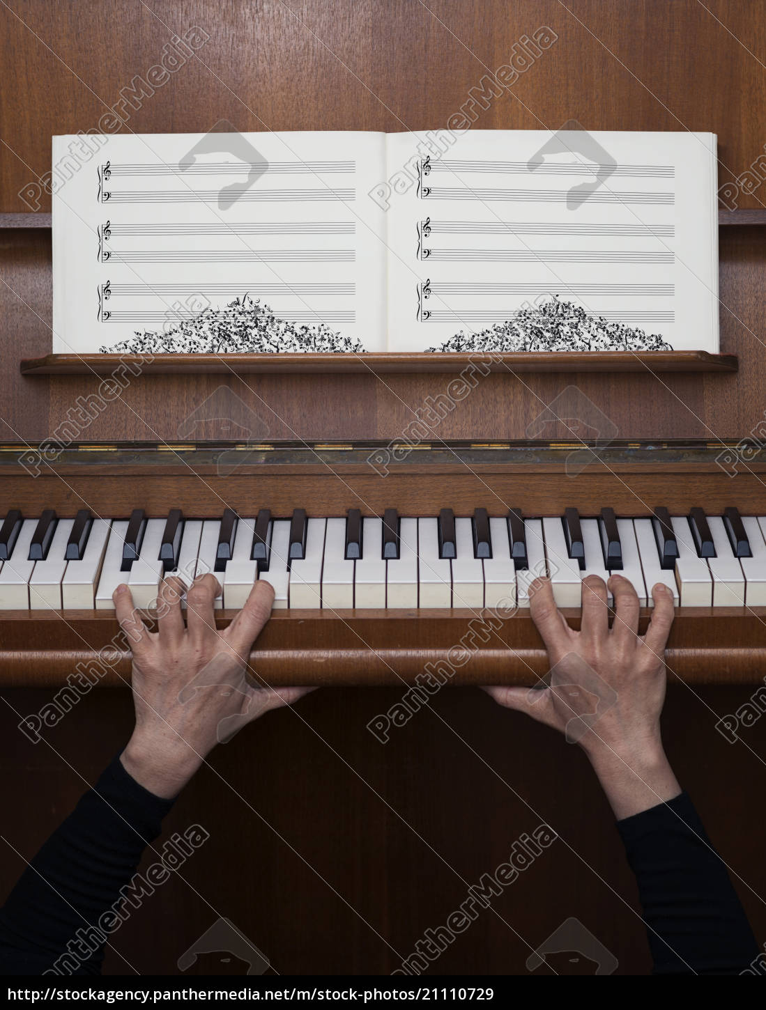 germany, , bavaria, , woman, playing, piano, , fear - 21110729