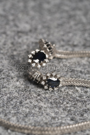 necklace made of white gold with