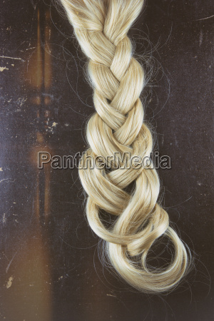 blond braid dissolving