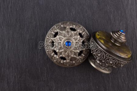 silver oriental artistic arabian oud perfume