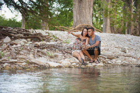 usa texas leakey young couple looking