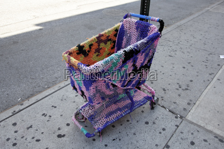 usa new york urban knitting on