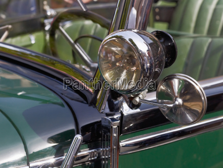 rear view mirror of mercedes veteran