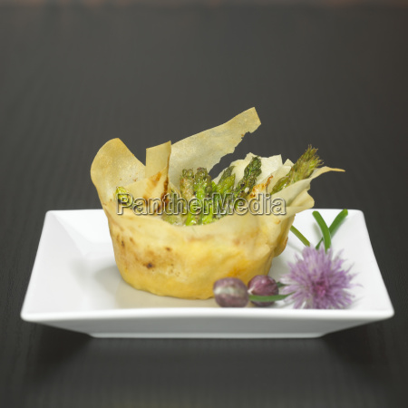 puff pastry tartlet filled with green