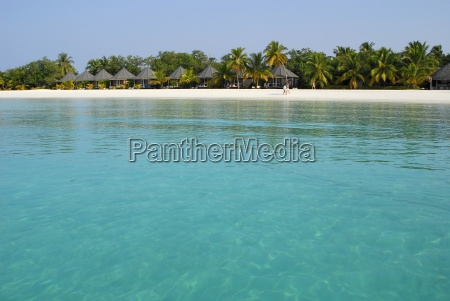 maldive islands holiday resort on sea