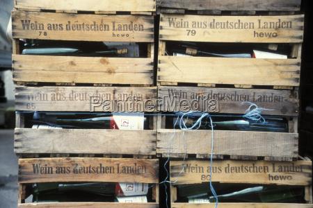 vine bottles in crates weinstrasse pfalz