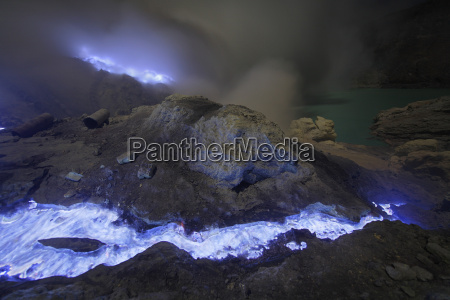 indonesia java burning sulfur flowing from