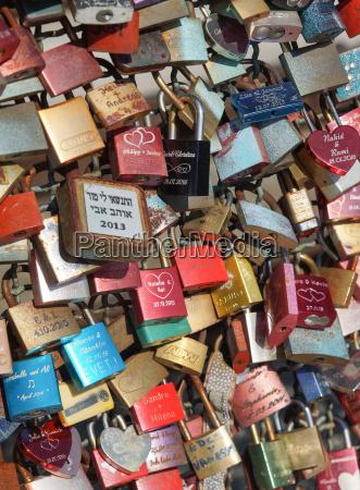 gallery of love locks hohenzollern bridge