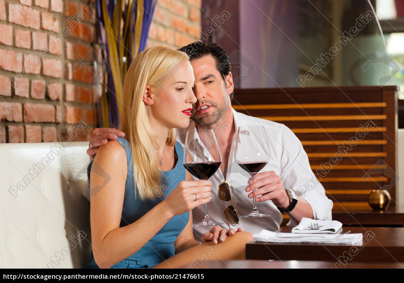 Dating wine bar