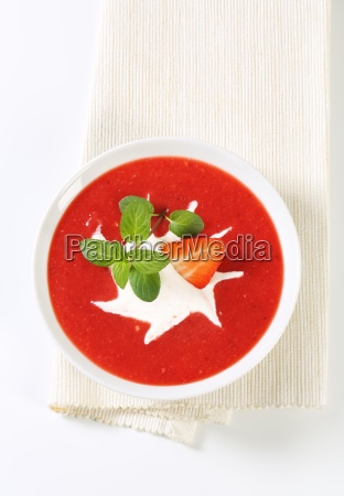 cold, strawberry, soup - 21743013