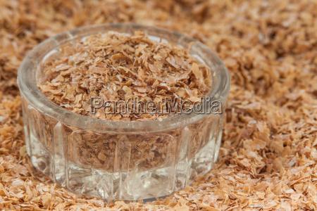 wheat bran triticum aestivum