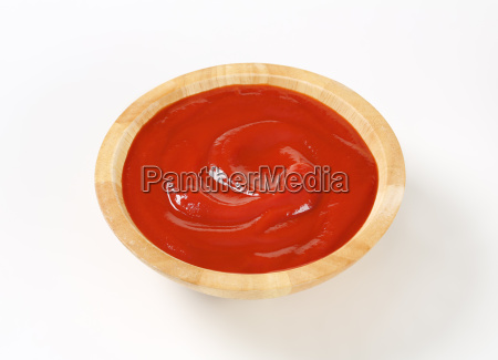 smooth tomato puree