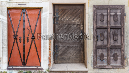 different retro doors