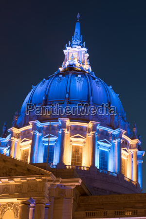 san francisco city hall in golden