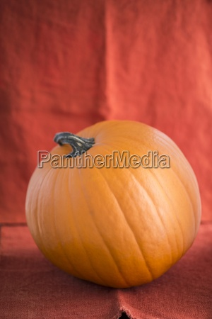 an orange halloween pumpkin