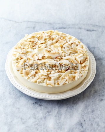 cheesecake made with coconut milk and