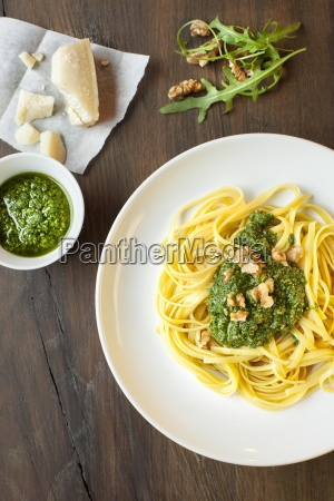 bavette pasta with rocket pesto and