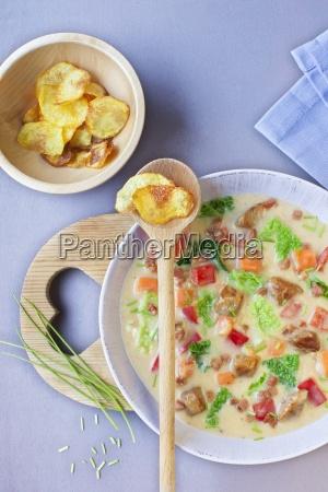 savoy cabbage stew with homemade potato