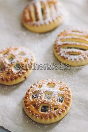 cookies with jam and powdered sugar