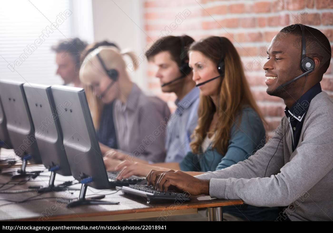 call, center, team - 22018941