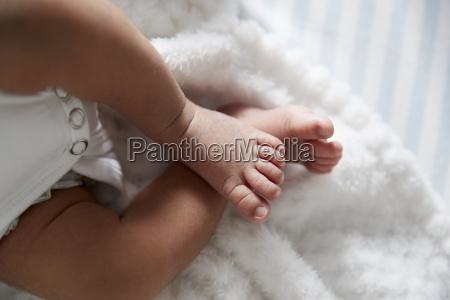 close up of feet of newborn