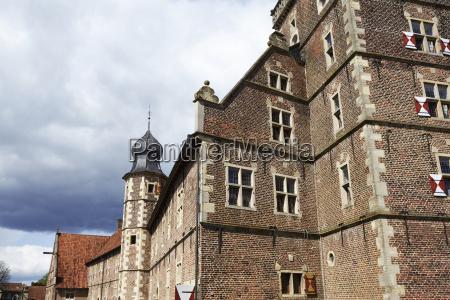 moated castle raesfeld germany sun