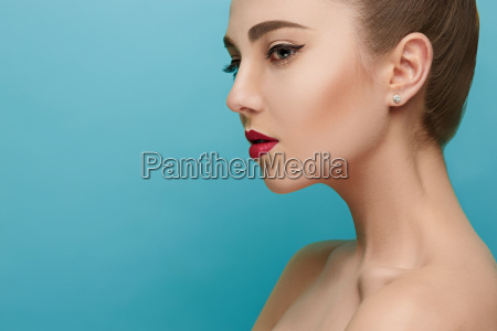 beautiful woman face perfect makeup beauty