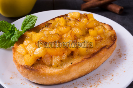 apple fruit spread with cinnamon and