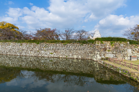 japanese himeiji castle and canal