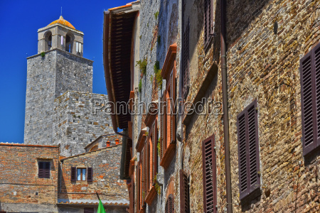 architecture of san gimignano in tuscany