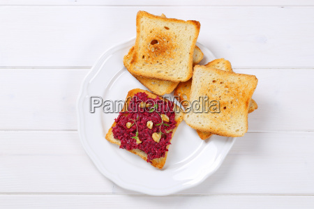 toasted bread with beetroot spread