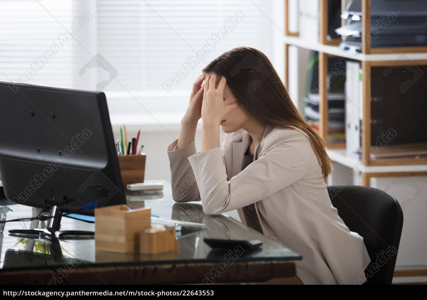 businesswoman, having, headache - 22643553