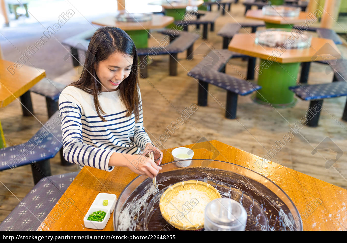 woman, enjoy, japanese, white, noodles, in - 22648255