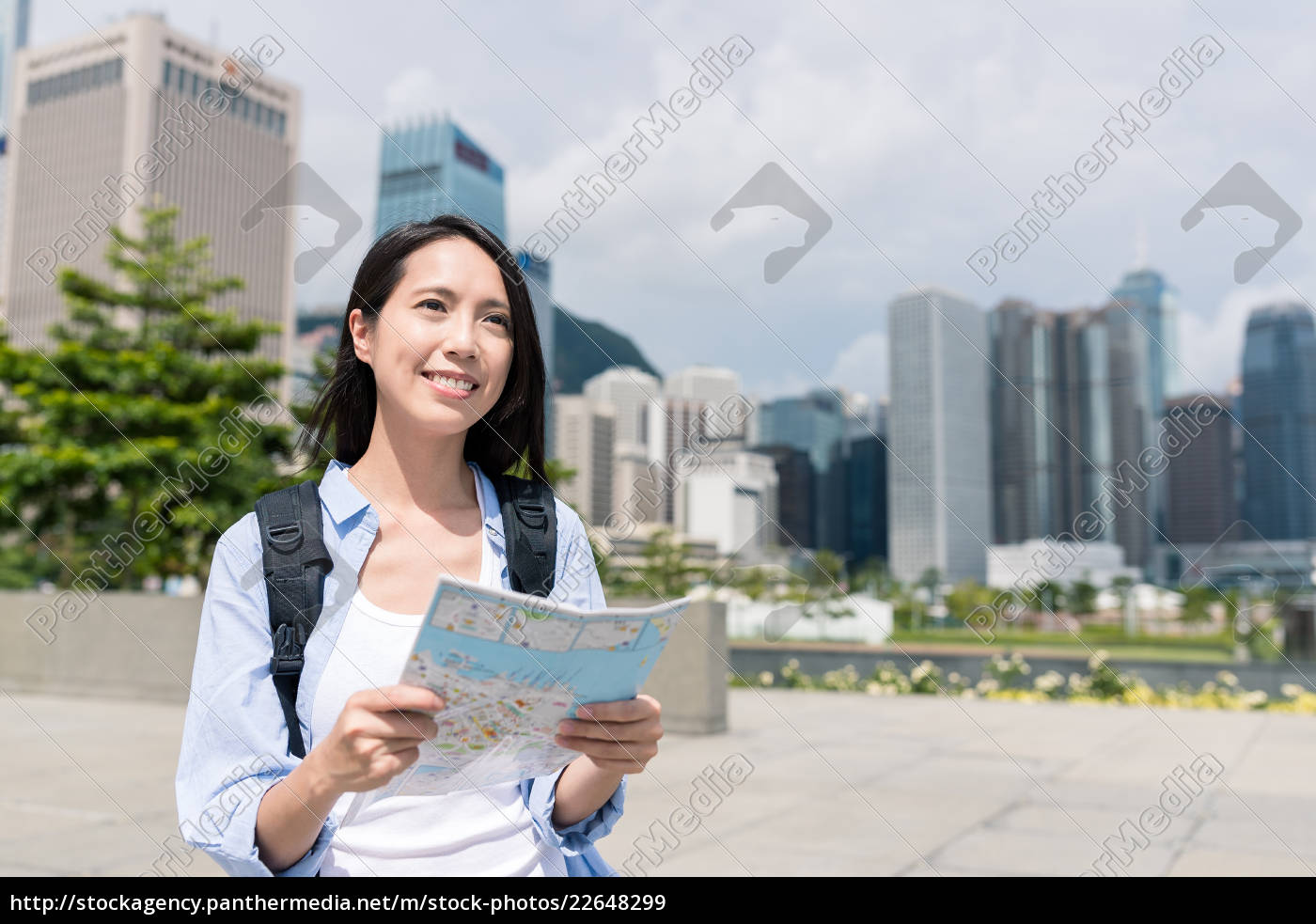 woman, use, of, city, map, in - 22648299