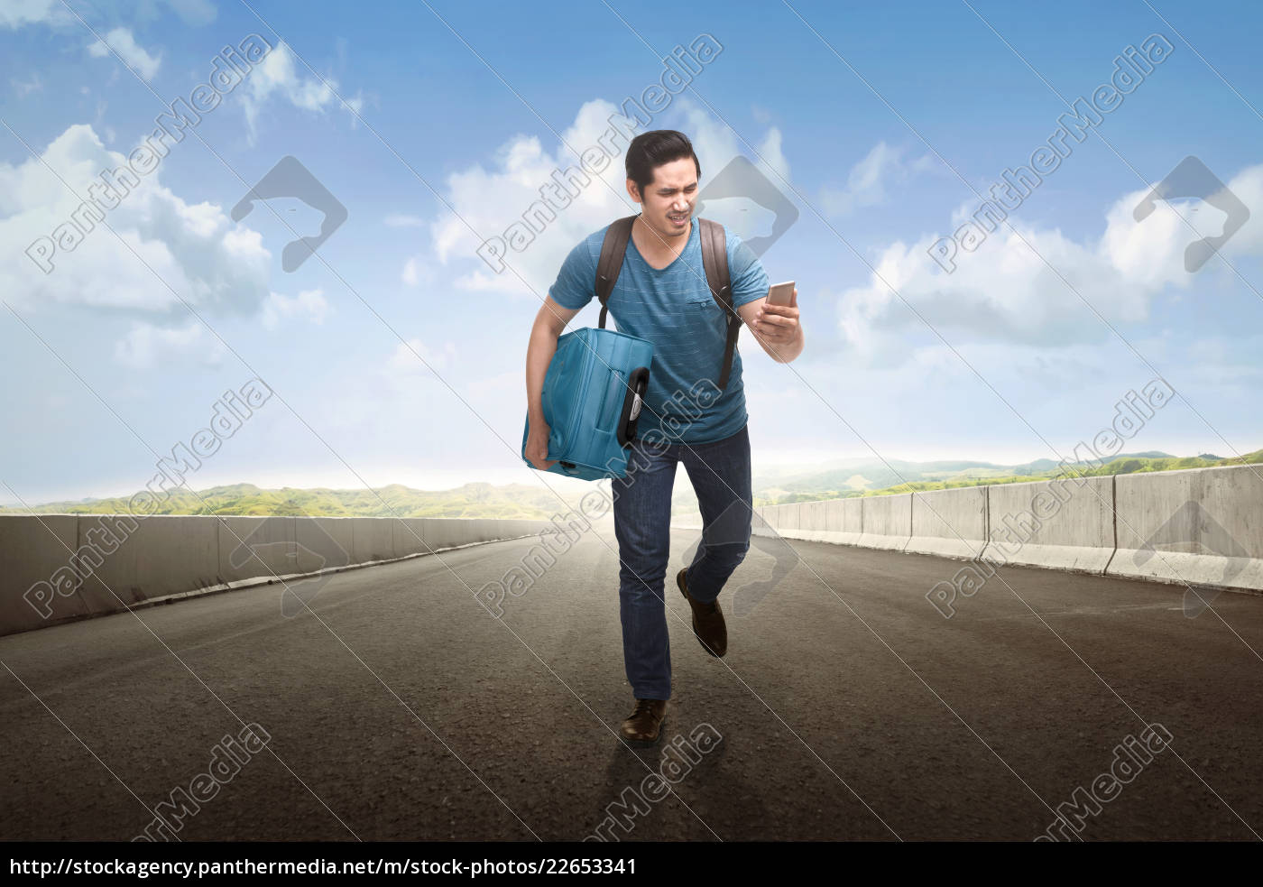 young, asian, tourist, running, with, holding - 22653341