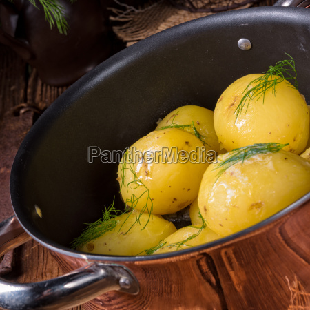 fresh, boiled, young, potatoes, with, butter - 22659335